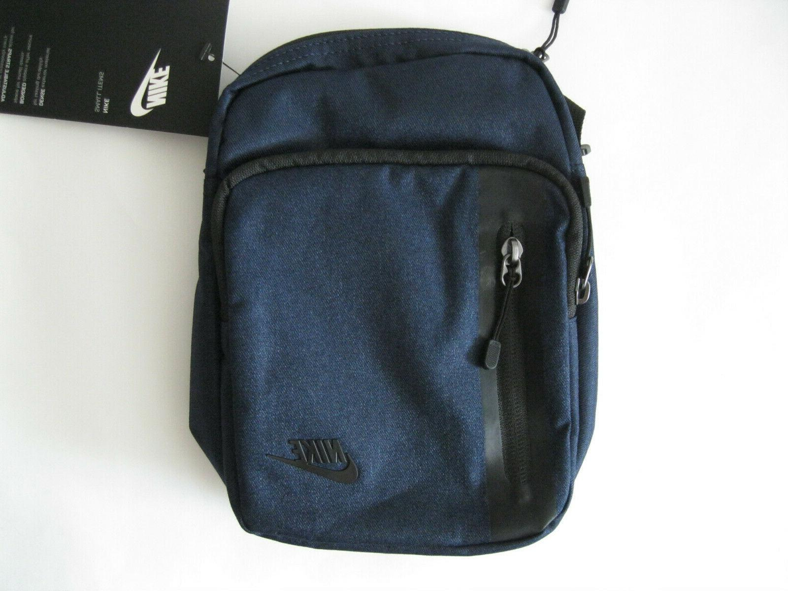 Nike Tech Small Items Shoulder