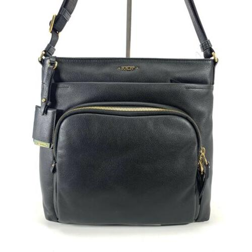 voyageur leather capri crossbody shoulder bag black